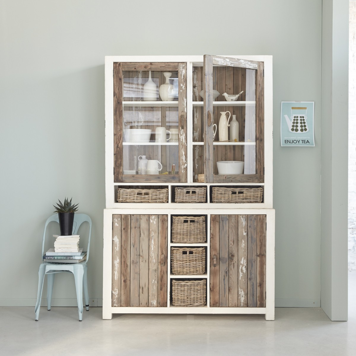 vaisselier en bois de pin recycl 140 atlantic bois dessus bois dessous. Black Bedroom Furniture Sets. Home Design Ideas
