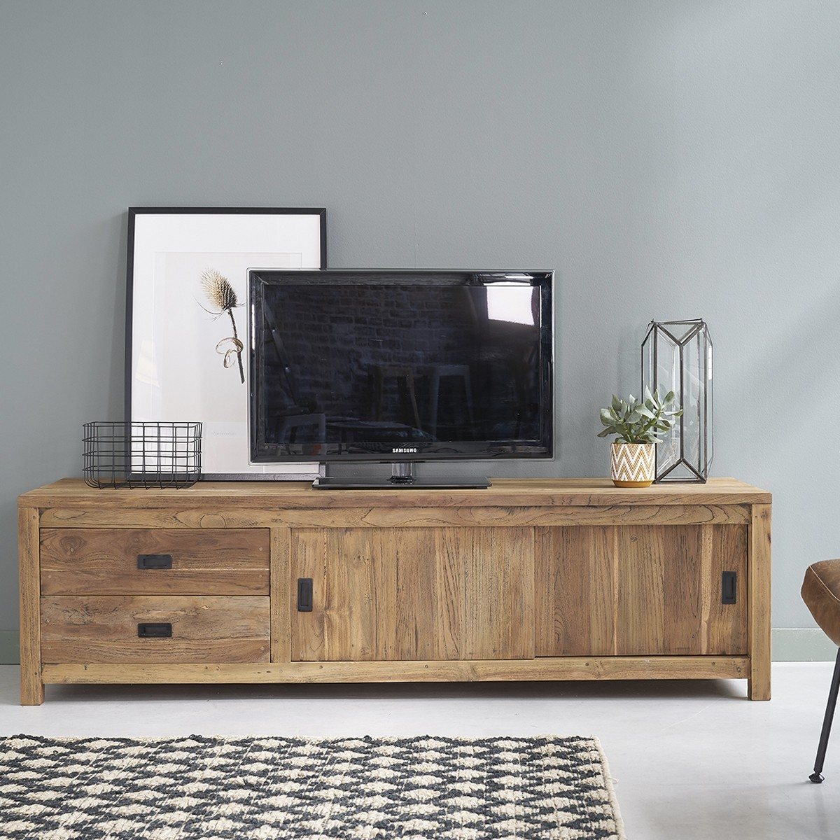 meuble tv en bois de teck recycl 180 cargo bois dessus. Black Bedroom Furniture Sets. Home Design Ideas
