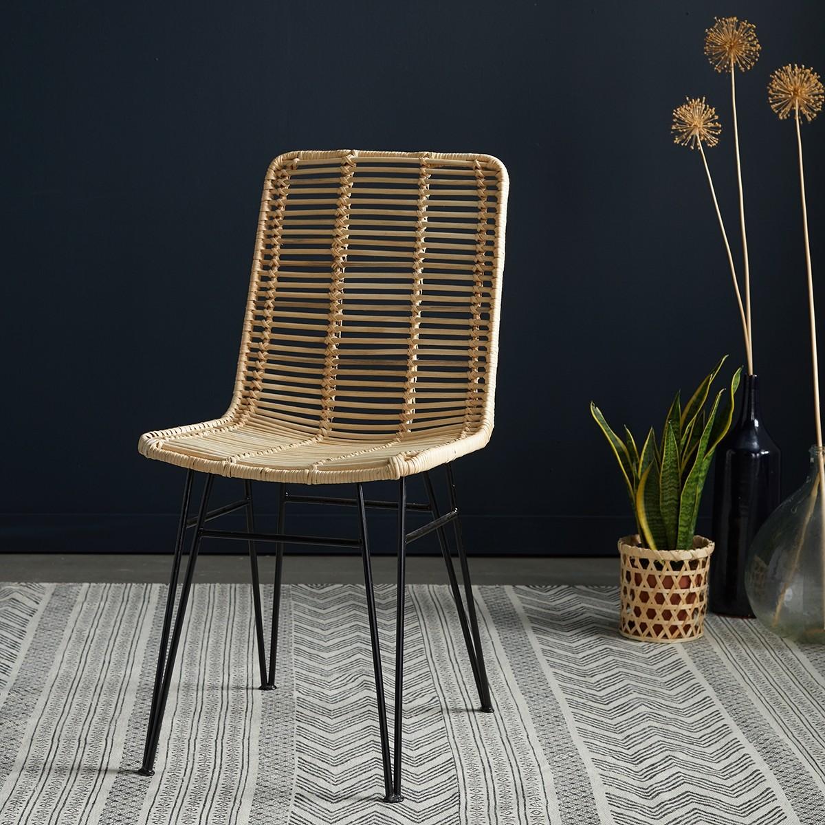 Chaise en rotin et pieds m tal bois dessus bois dessous for Chaise en rotin et metal