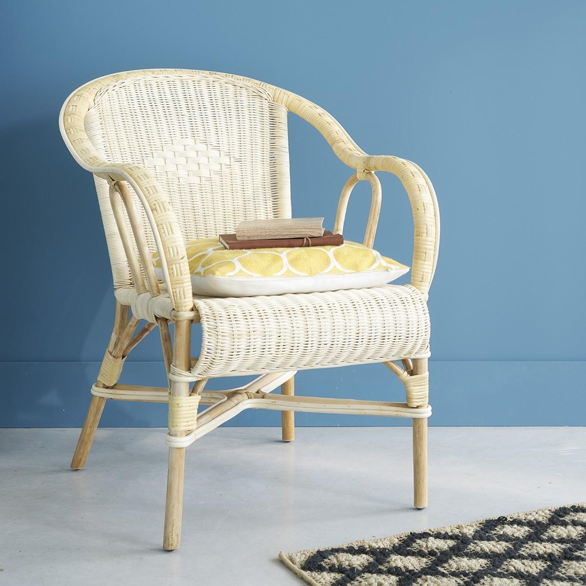 fauteuil en rotin naturel bois dessus bois dessous. Black Bedroom Furniture Sets. Home Design Ideas