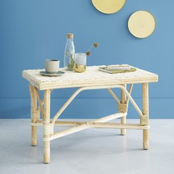 Table basse en rotin naturel