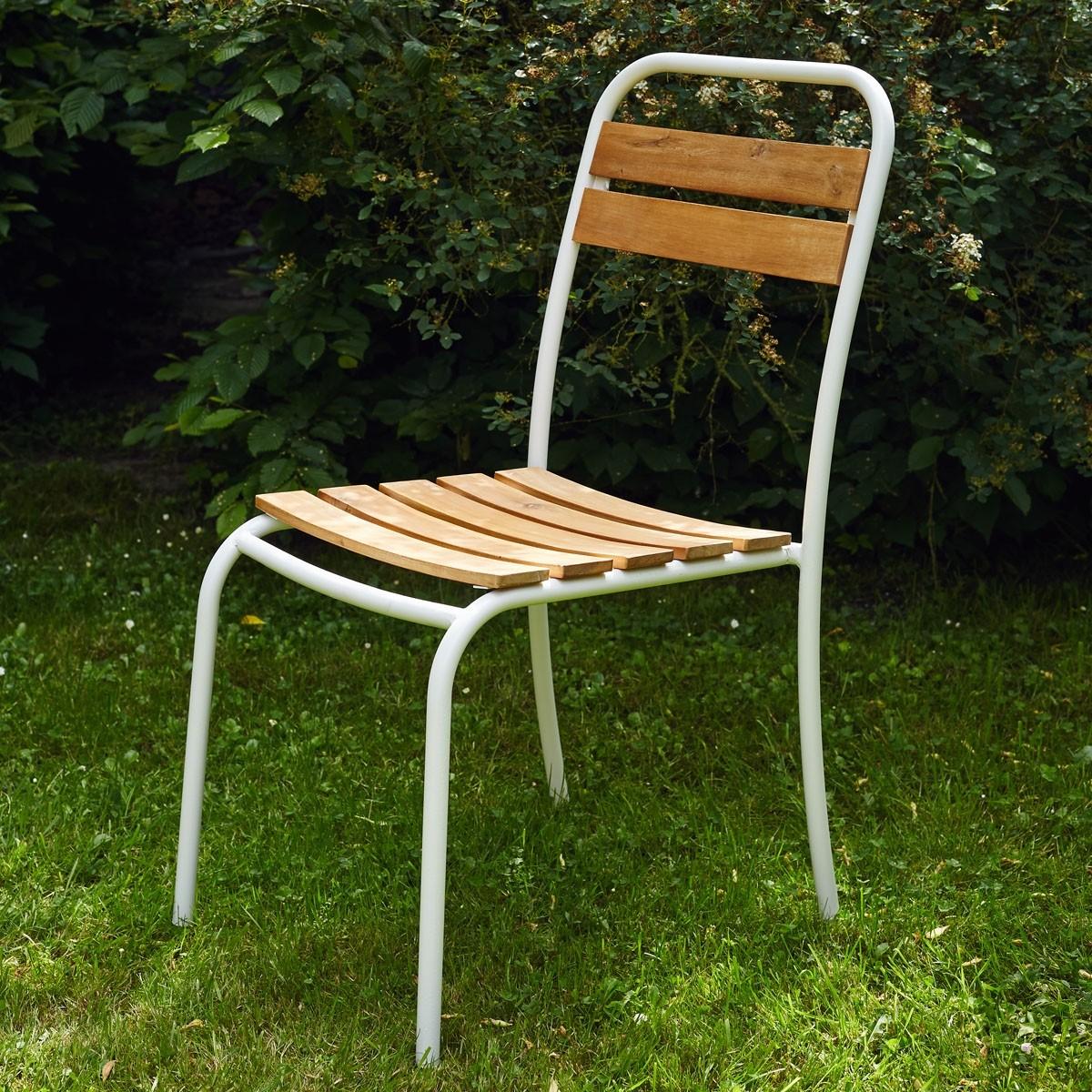 chaise en bois d 39 acacia fsc et m tal bois dessus bois dessous. Black Bedroom Furniture Sets. Home Design Ideas