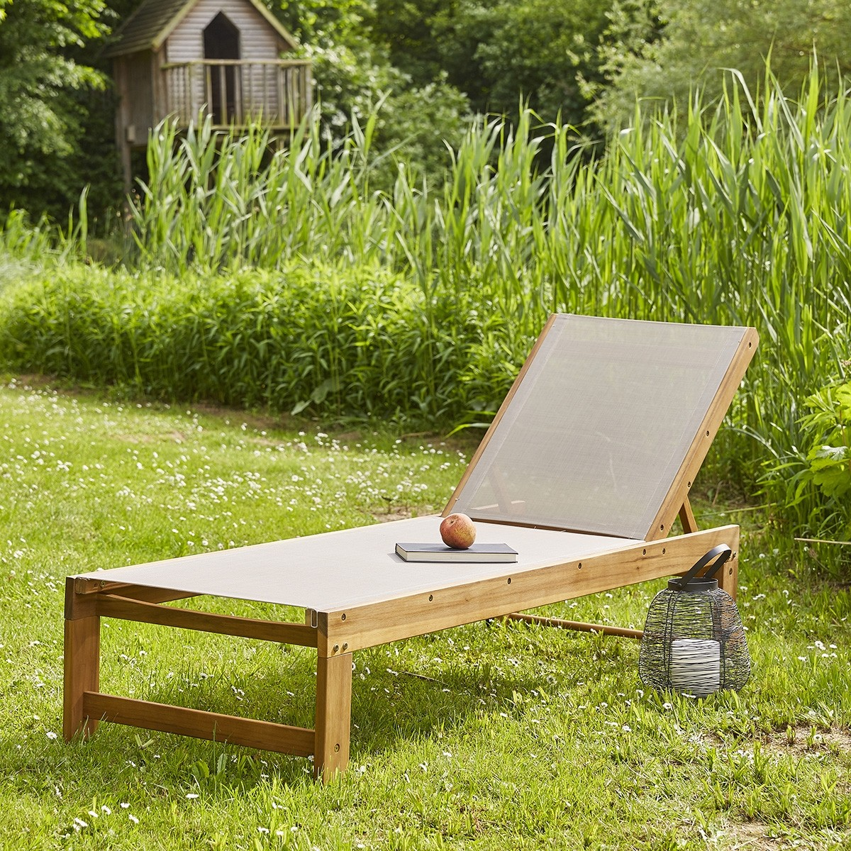 bain de soleil en bois d 39 acacia fsc et textil ne gris. Black Bedroom Furniture Sets. Home Design Ideas