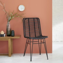 Chaise en rotin noir et pieds métal BOHEMA